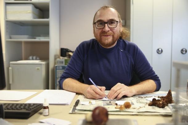 Manel Niell, micòleg del Cenma.