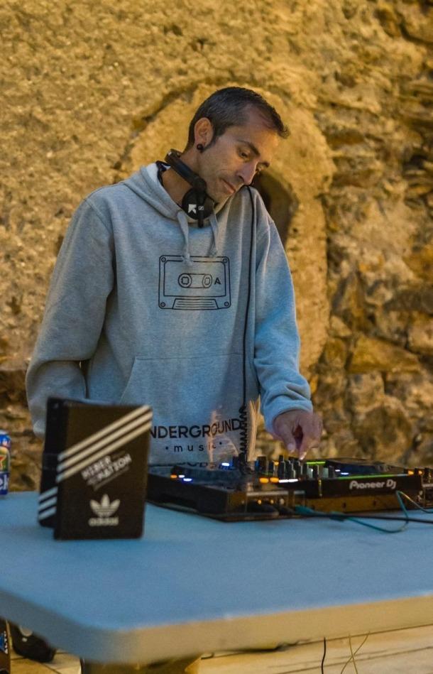 El DJ Richard Capdevila.