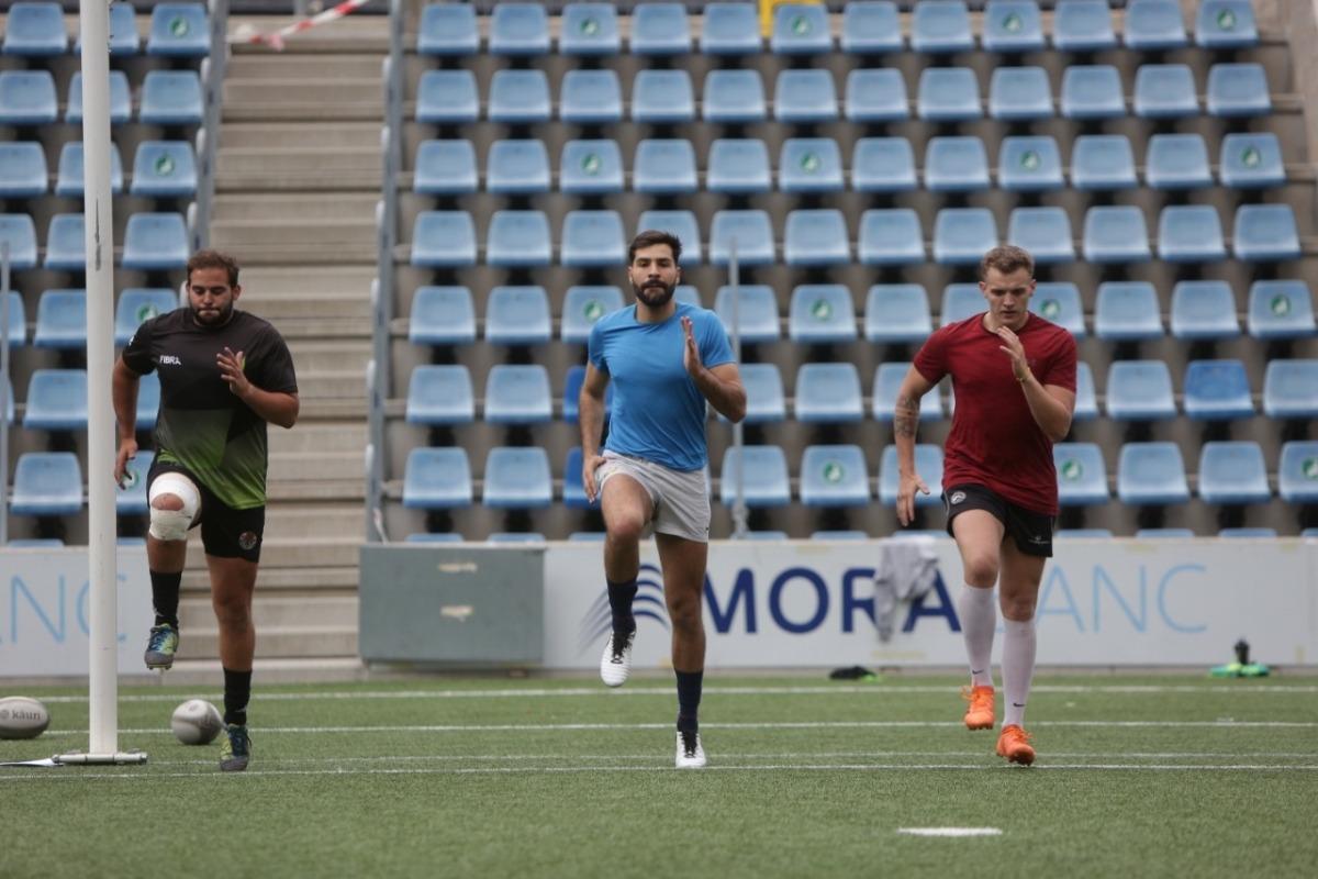 Els tres nous fitxatges argentins del VPC Andorra van començar ahir la pretemporada. Foto: Facundo Santana