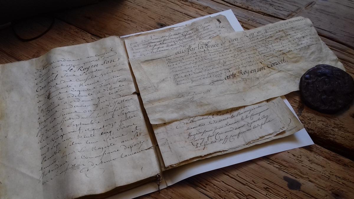 Manament de Lluís XV de França que ordena que s'observi la sentència del 1729 favorable als interessos andorrans.