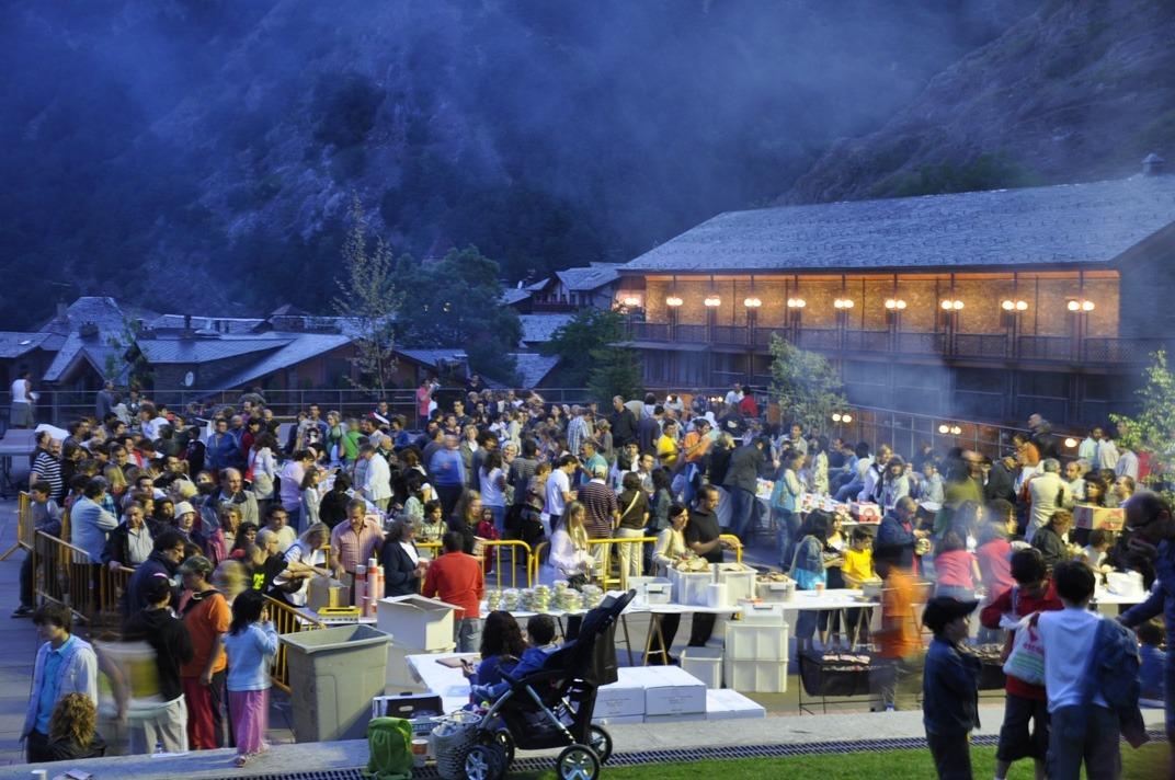 Una costellada popular aquest vespre dóna el tret de sortida a la festa de la parròquia d'Ordino