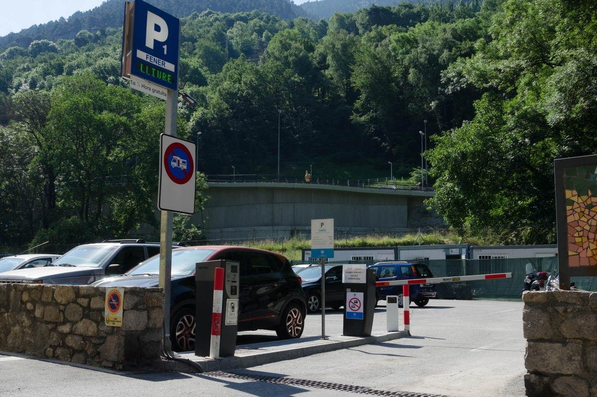 El Comú d'Escaldes-Engordany denuncia desperfectes a tres aparcaments per valor de 4.400 euros