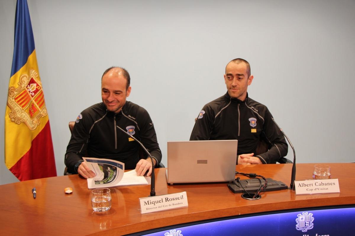El director del Cos de Banders, Miquel Rossell, i el cap d'unitat, Albert Cabanes, a la roda de premsa de presentació de la segona Cursa dels Banders.