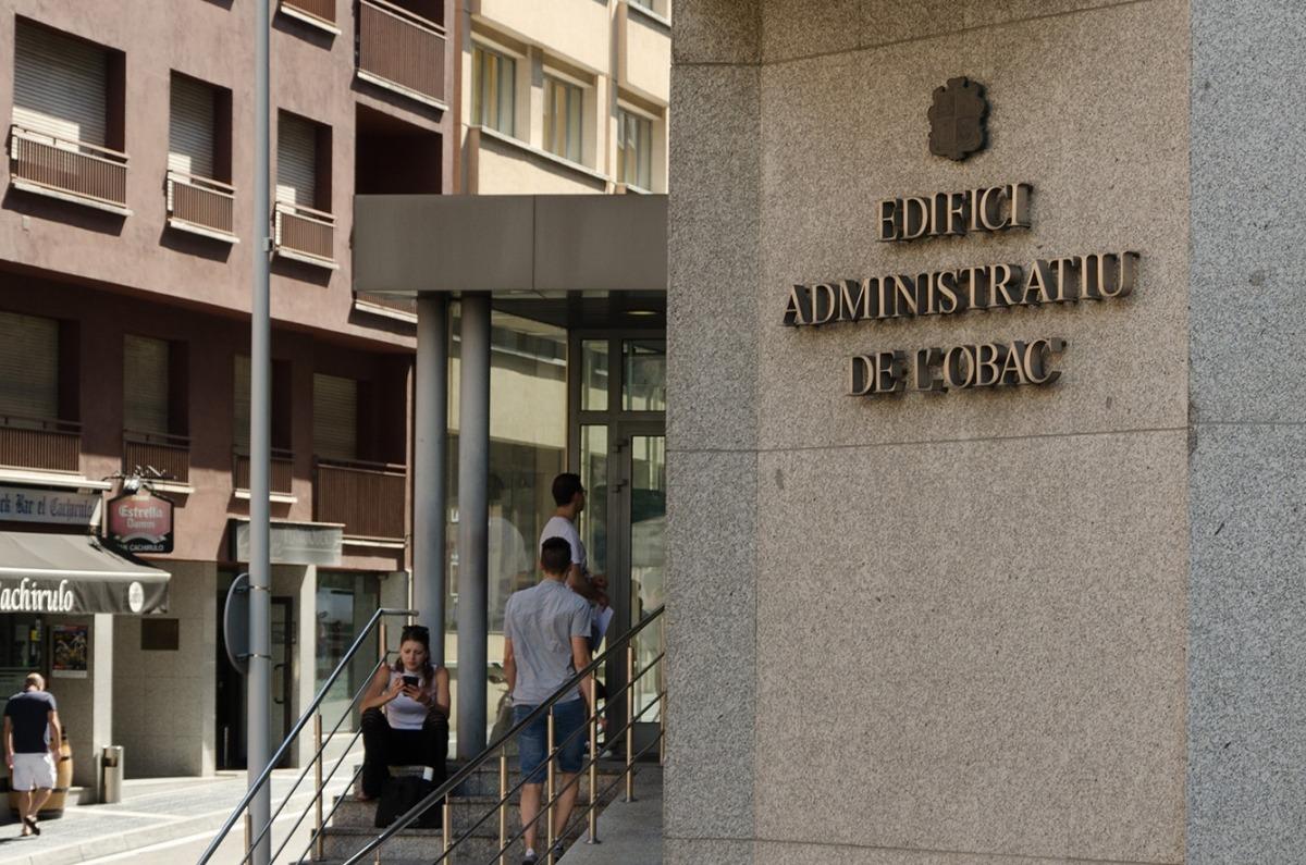 El departament d'Immigració.