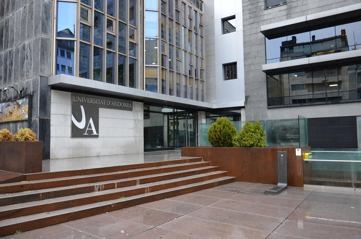 Façana de la Universitat d'Andorra.