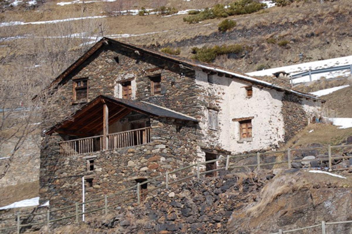 Una imatge de cal Gastó, al Tarter.