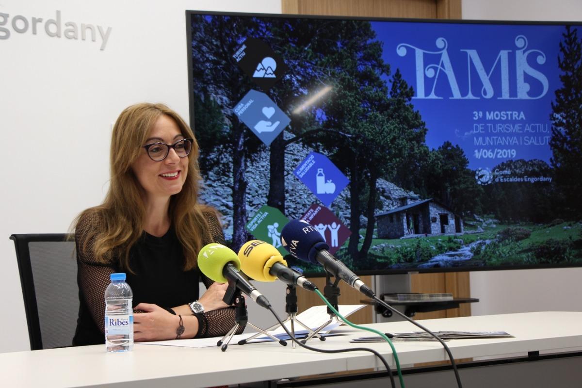 La consellera de Gent Gran i d'Infància i de Promoció Econòmica i Vivand, Sandra Tomàs, durant la roda de premsa de presentació de la tercera edició del Tamis.