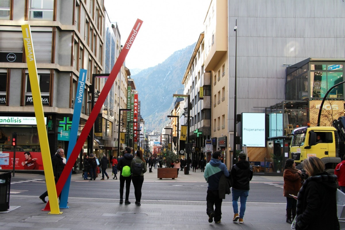 L'avinguda Carlemany.