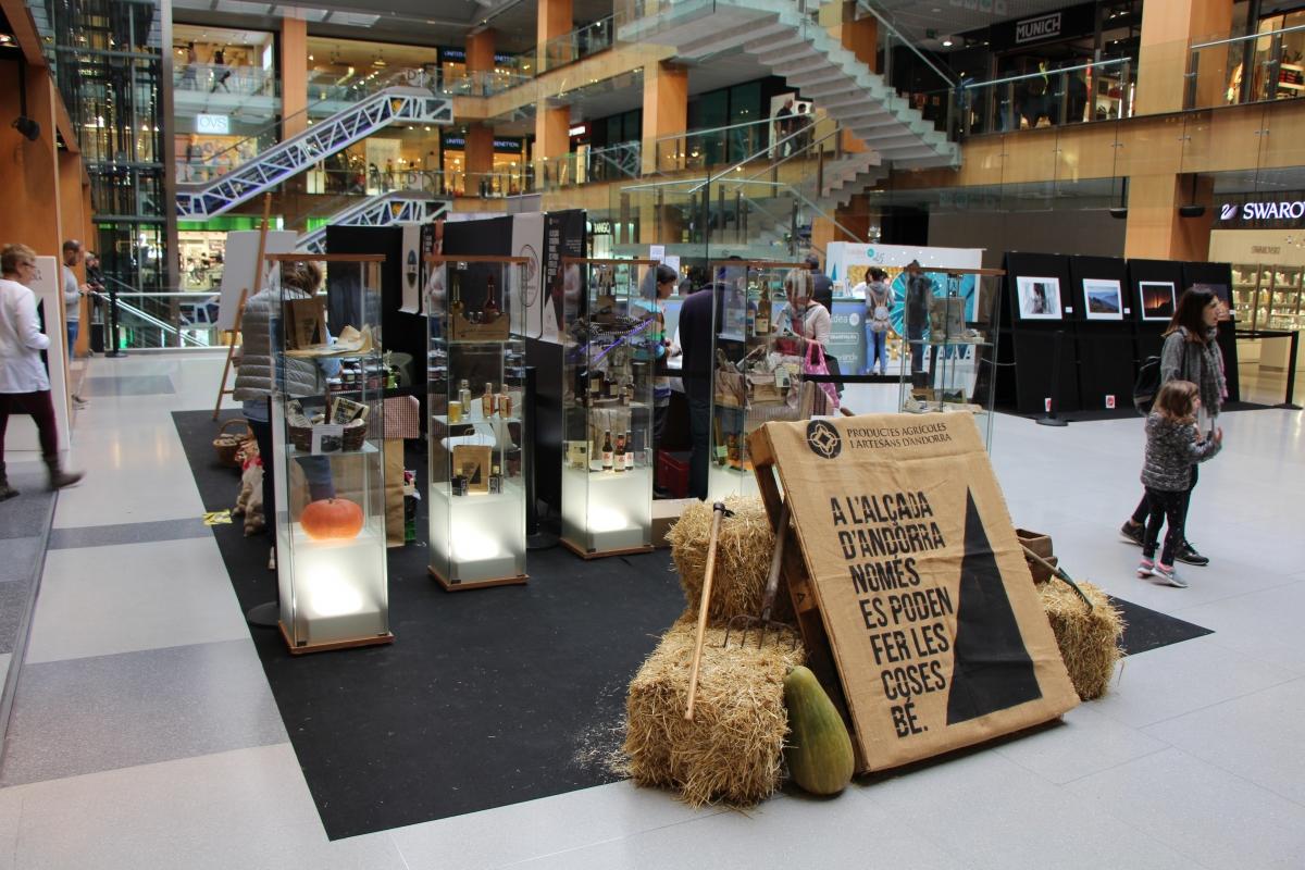 Una mostra de productes artesanals produïts a Andorra.