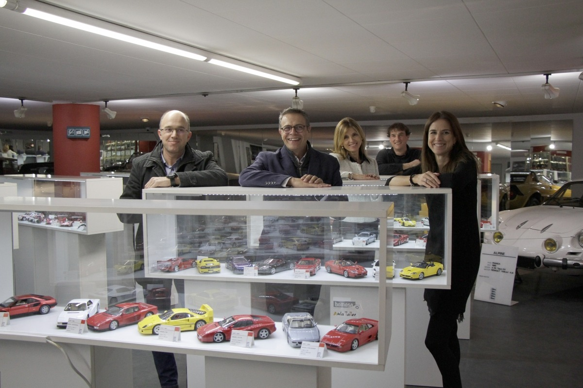 Un moment de la presentació de la col·lecció de Ferraris