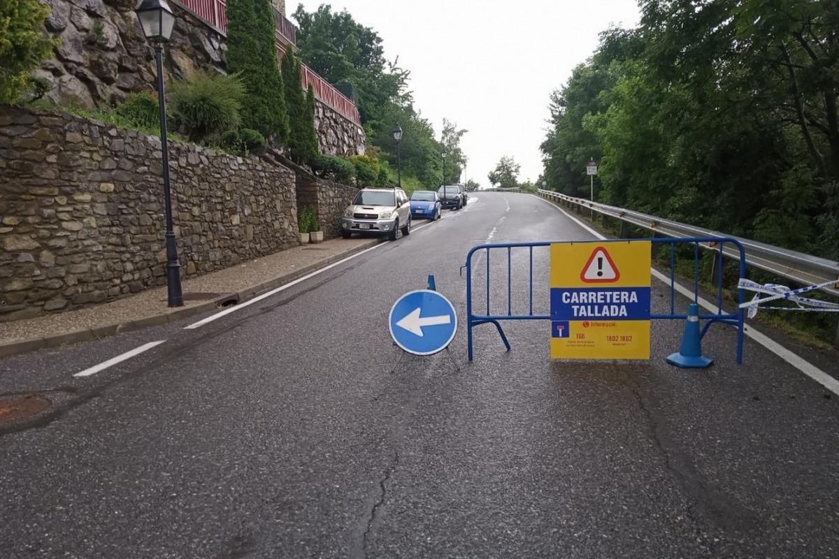 La carretera ha quedat tallada.