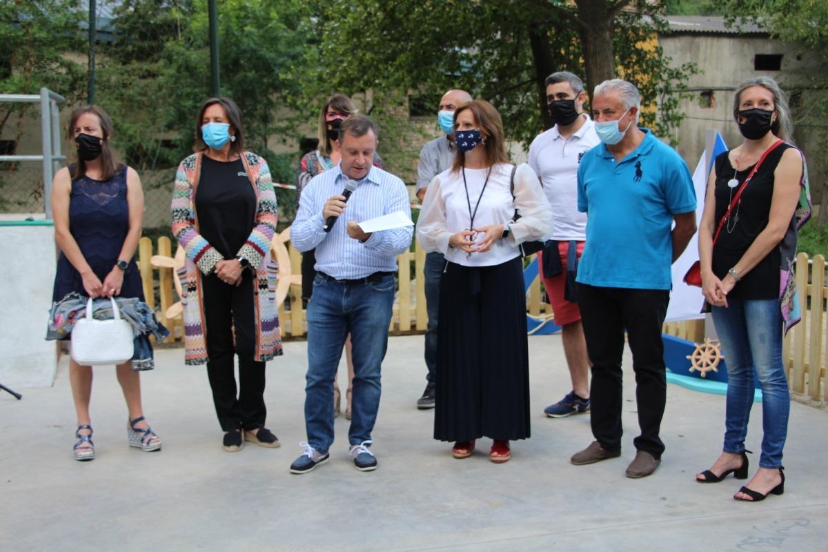 Els cònsols i consellers de comú durant la inauguració de la Cala laurediana.