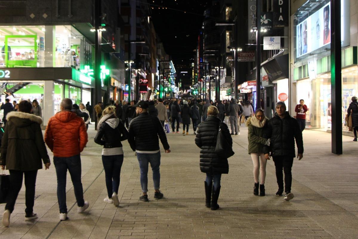 Gent a l'avinguda Meritxell en una edició anterior de l'Andorra Shopping Festival.