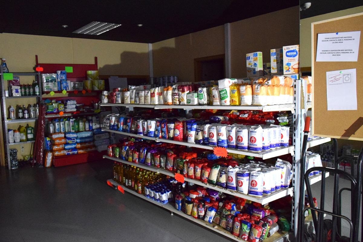La botiga solidària de la Creu Roja.