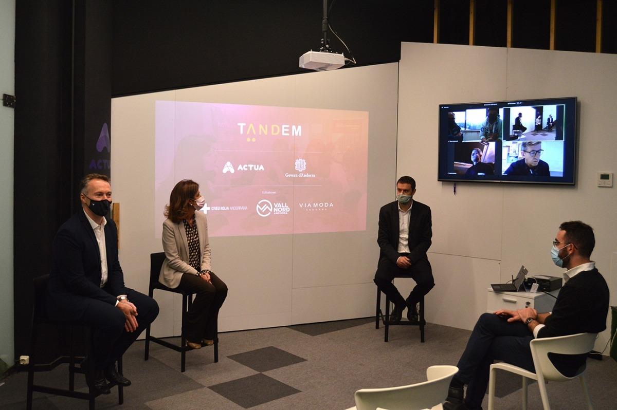 Un moment de la presentació de la cinquena edició del projecte Tàndem.