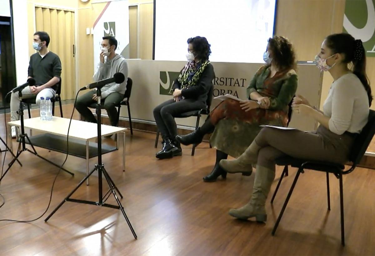 Els participants de la taula de debat.