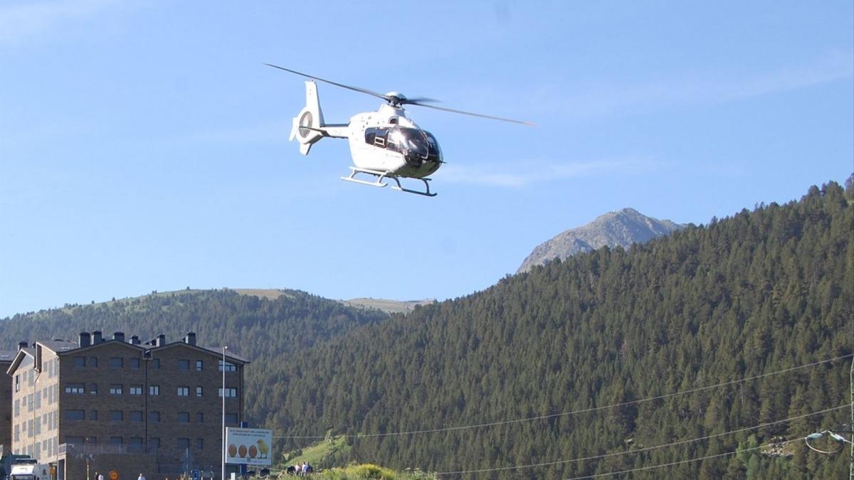 Un helicòpter.