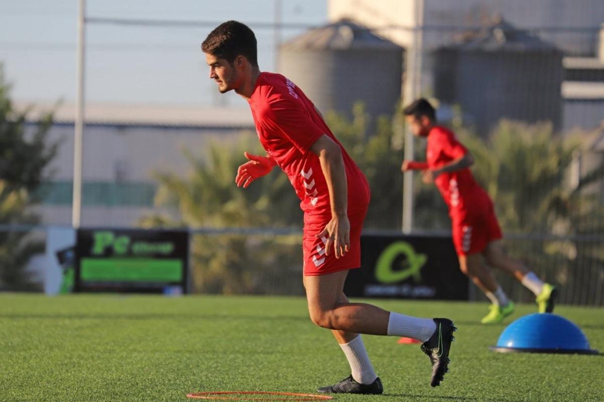 Abraham Gómez s'incorpora al club escaldenc procedent del Don Benito. Foto: Hoy