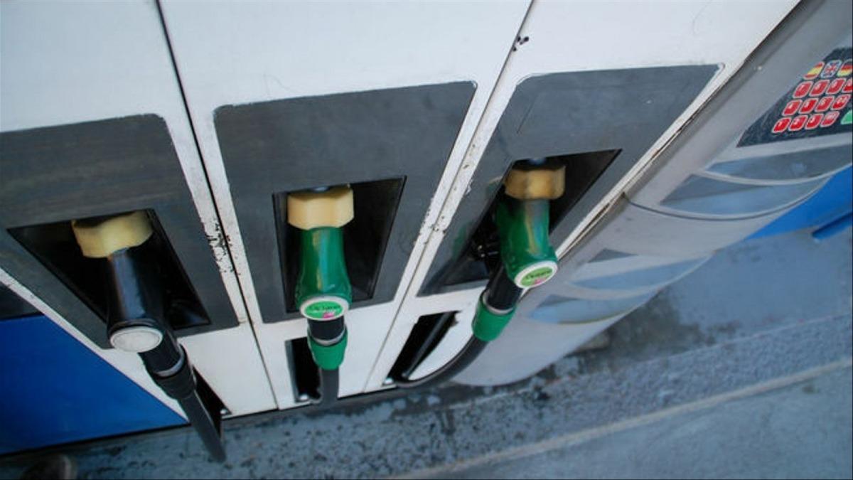 Un sortidor d'una benzinera.