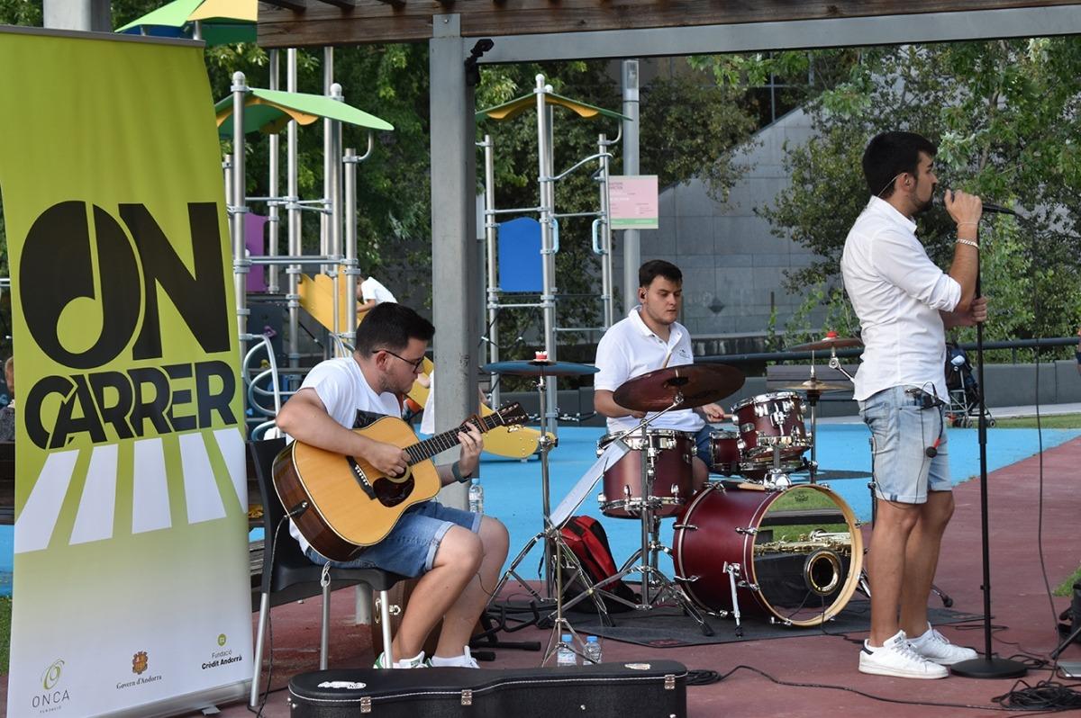 Un moment del concert que Tudo's Band en el marc de l'ON-Carrer l'any passat.