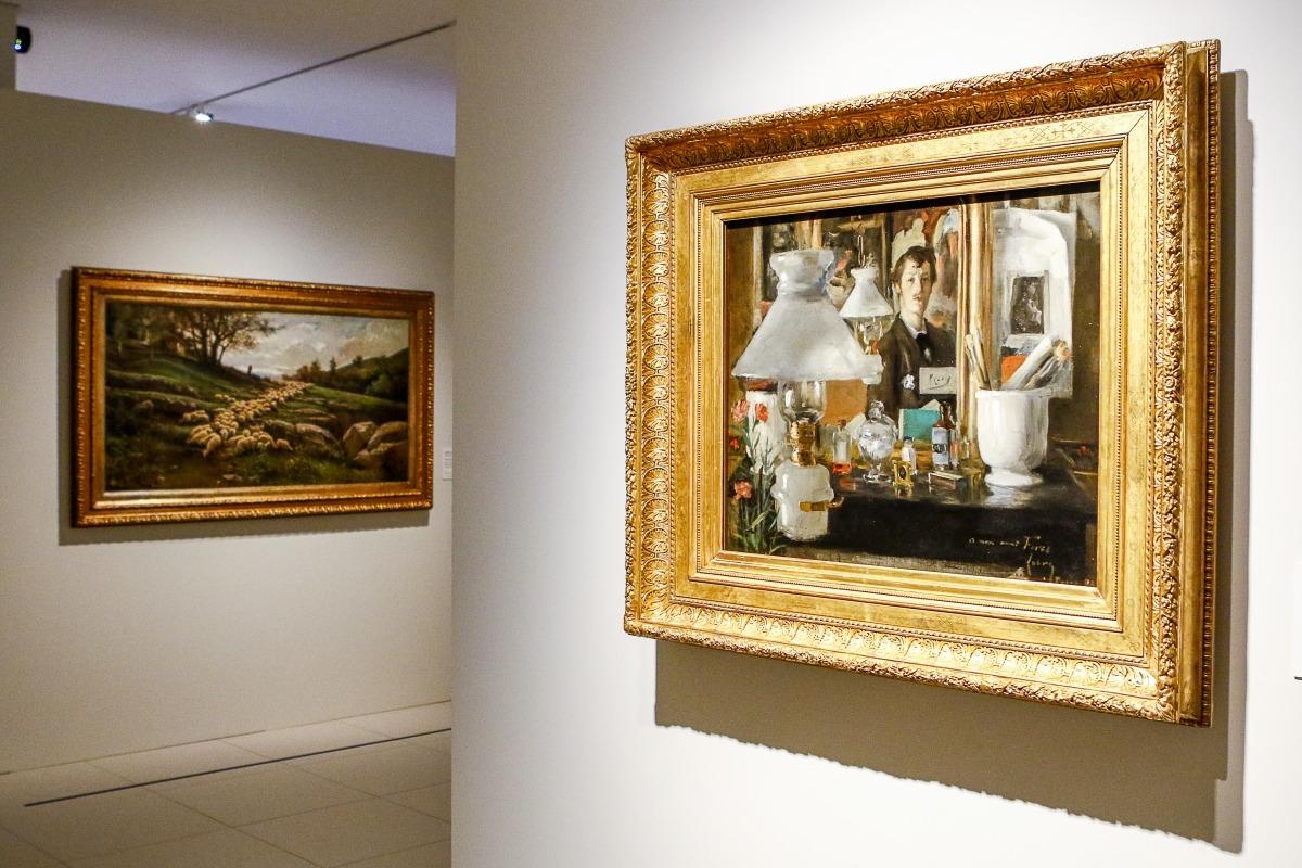 'Paisatge amb ramat d'ovelles', de Vayreda, i 'Retrat al mirall', de Casas i Lobre.