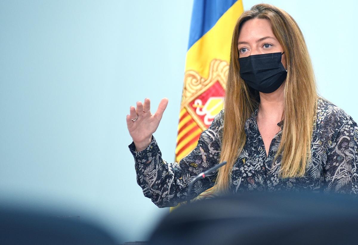 La secretària d'Estat de Salut, Helena Mas, en la roda de premsa d'aquest migdia.