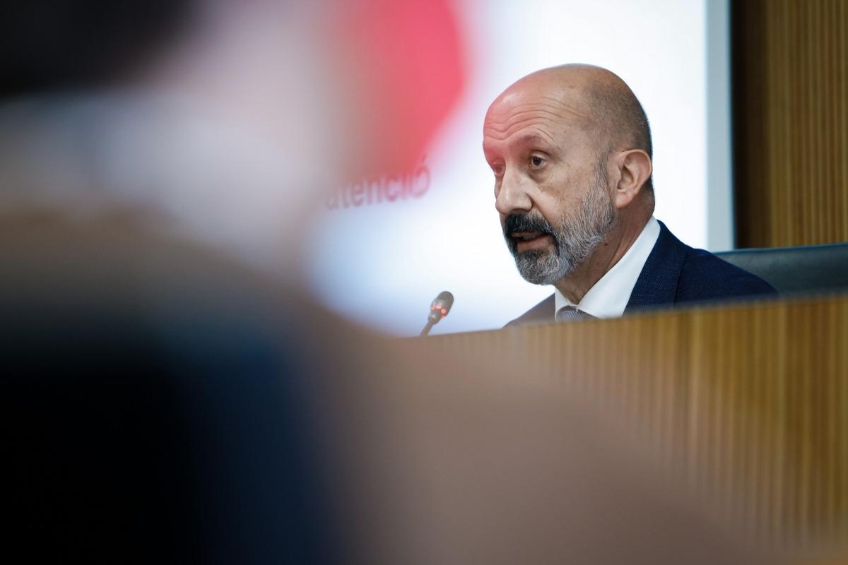 El ministre de Salut, Joan Martínez Benazet, a la comissió legislativa de sanitat.