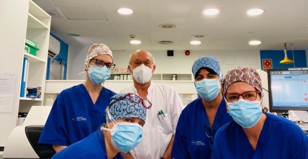 Imatge de part de l'equip que treballa a l'hospital de la Seu per combatre la Covid-19.