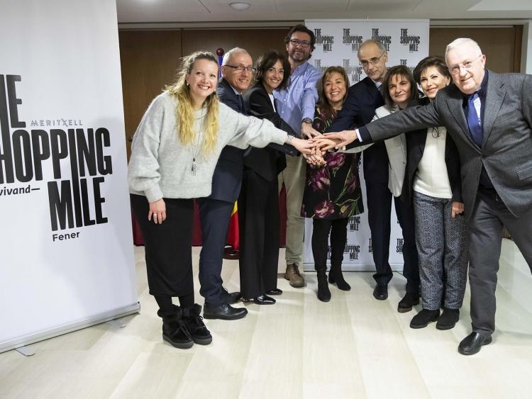 Els promotors de 'The Shopping Mile', que vol integrar sota una mateixa imatge l'eix comercial central, celebren la iniciativa.