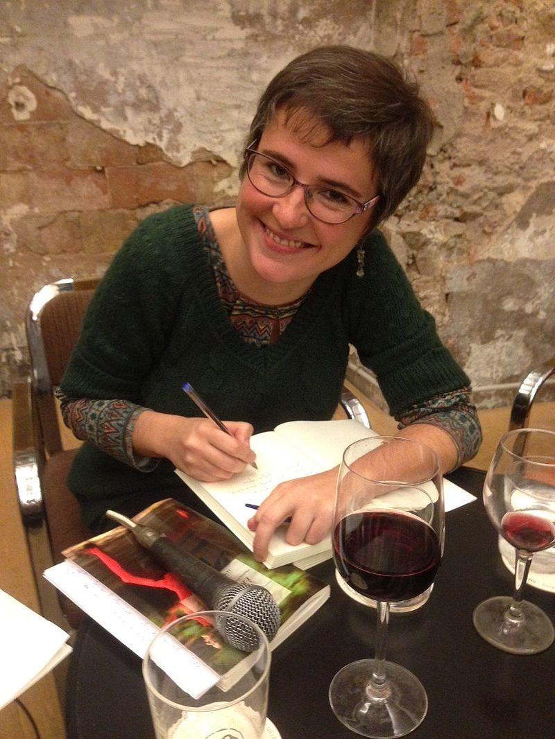 La novel·lista barcelonina es va endur l'últim Anagrama de novel·la amb 'No sóc aquí'.