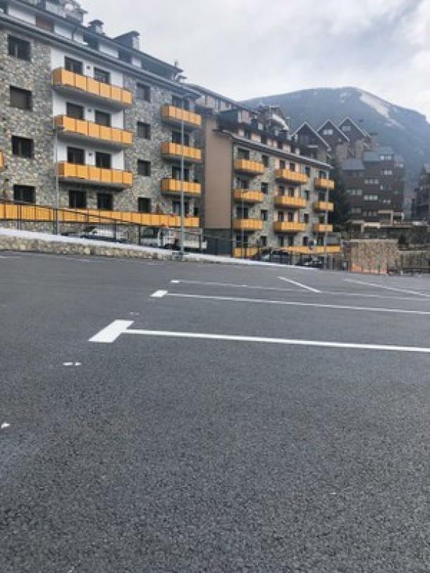 Els nous aparcaments d'Hort de Godí i de Prat de Baró Nou començaran a funcionar amb pagament.