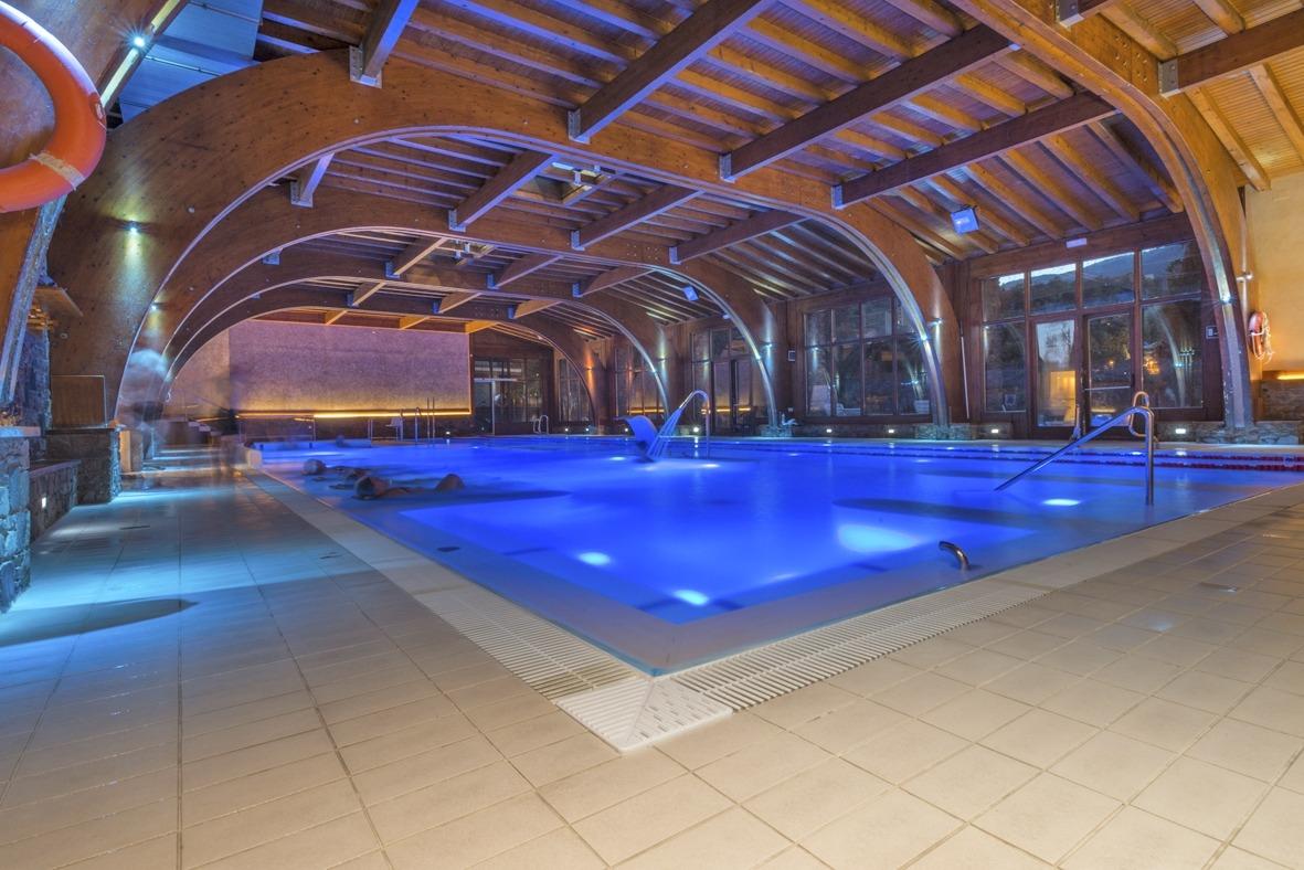 L'activitat continua a les piscines, amb normes estrictes.