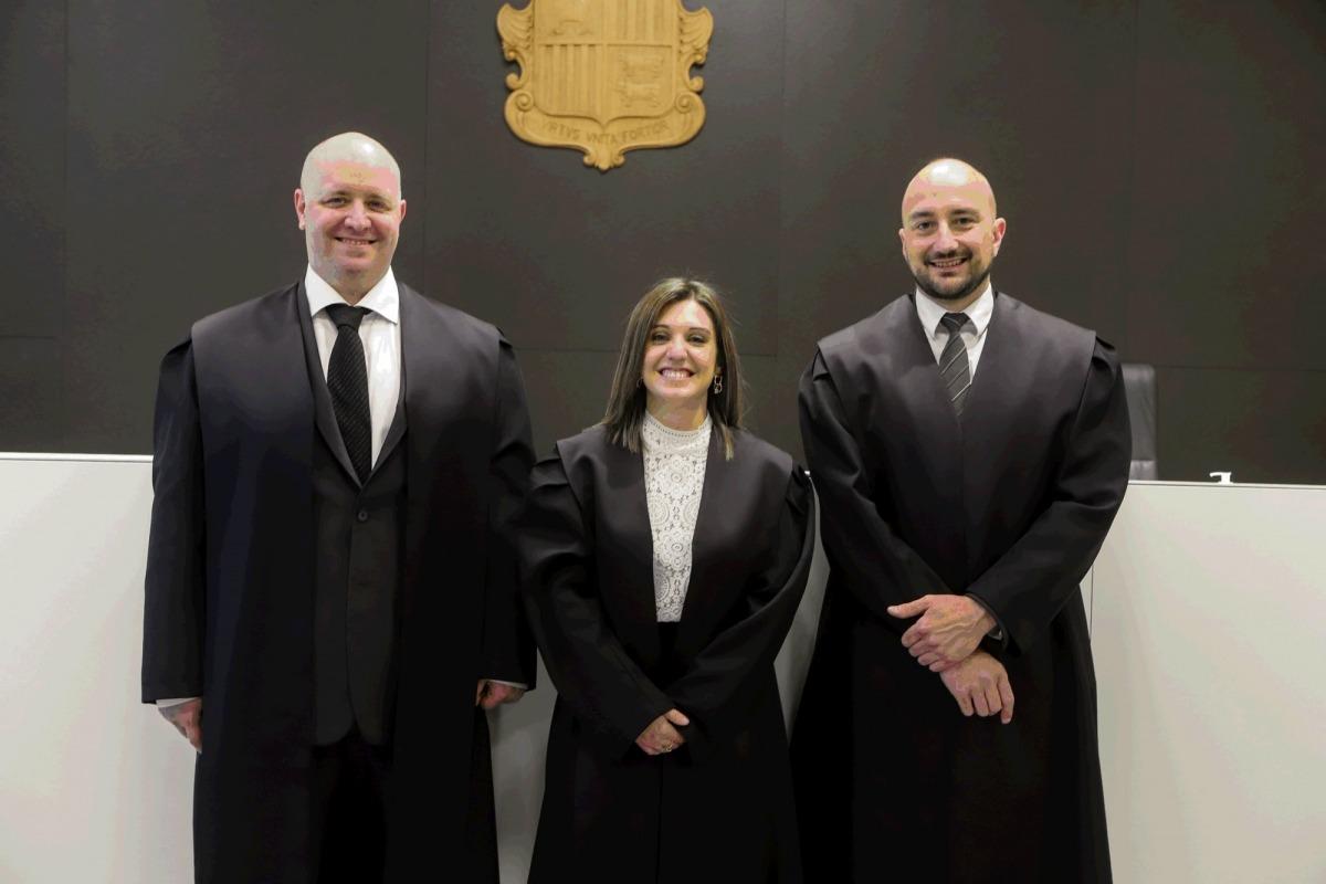 Els tres nous batlles que han jurat avui el seu càrrec.