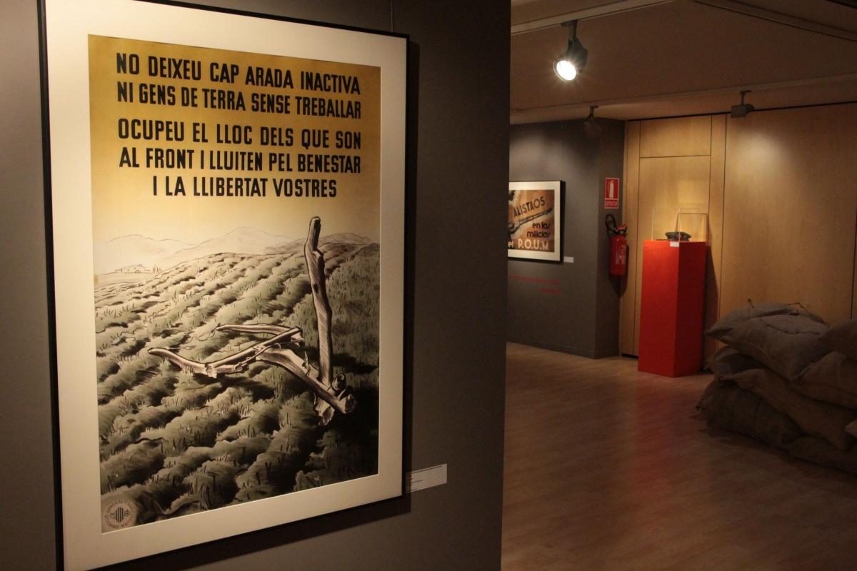Un dels cartells propagandístics de la mostra.