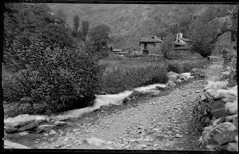 El camí ral, al pas per Bixessarri, entre el 1902 i el 1914.