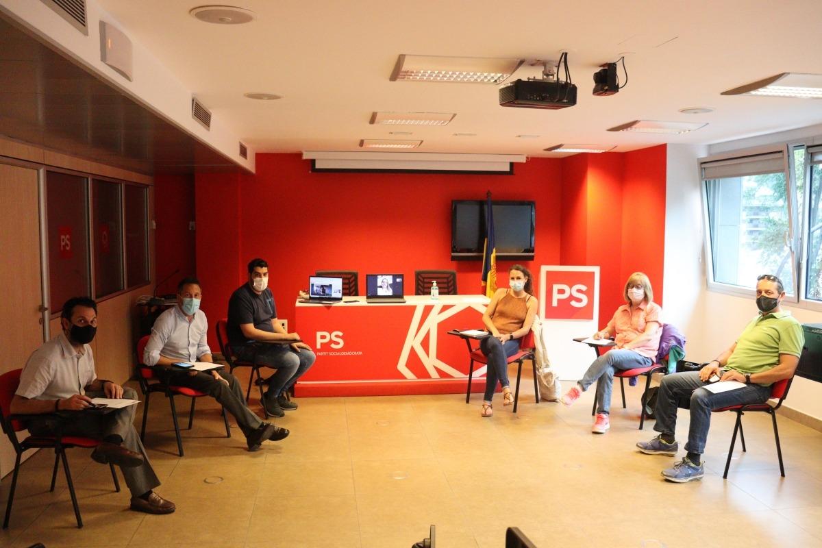 Un moment de la reunió del nou comitè executiu del PS.
