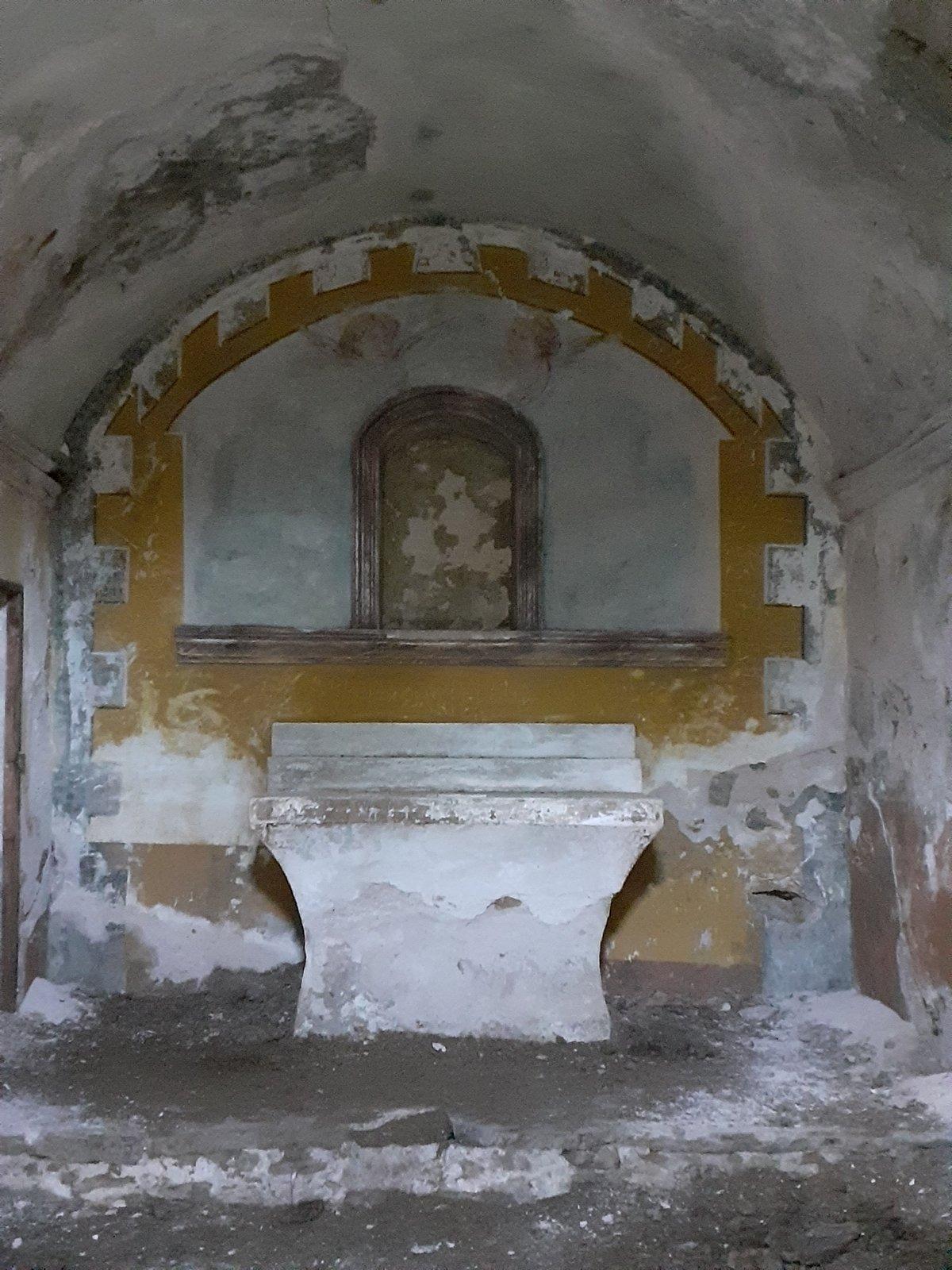 Altar i absis de Sant Antoni.