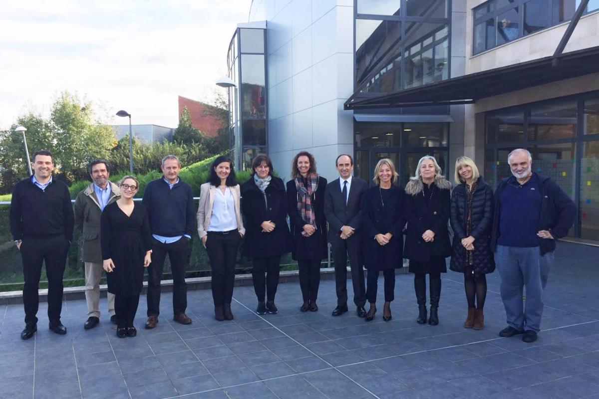 Fenoll visita el País Basc per conèixer l'aplicació del model d'escoles inclusives i de serveis centrats en la persona