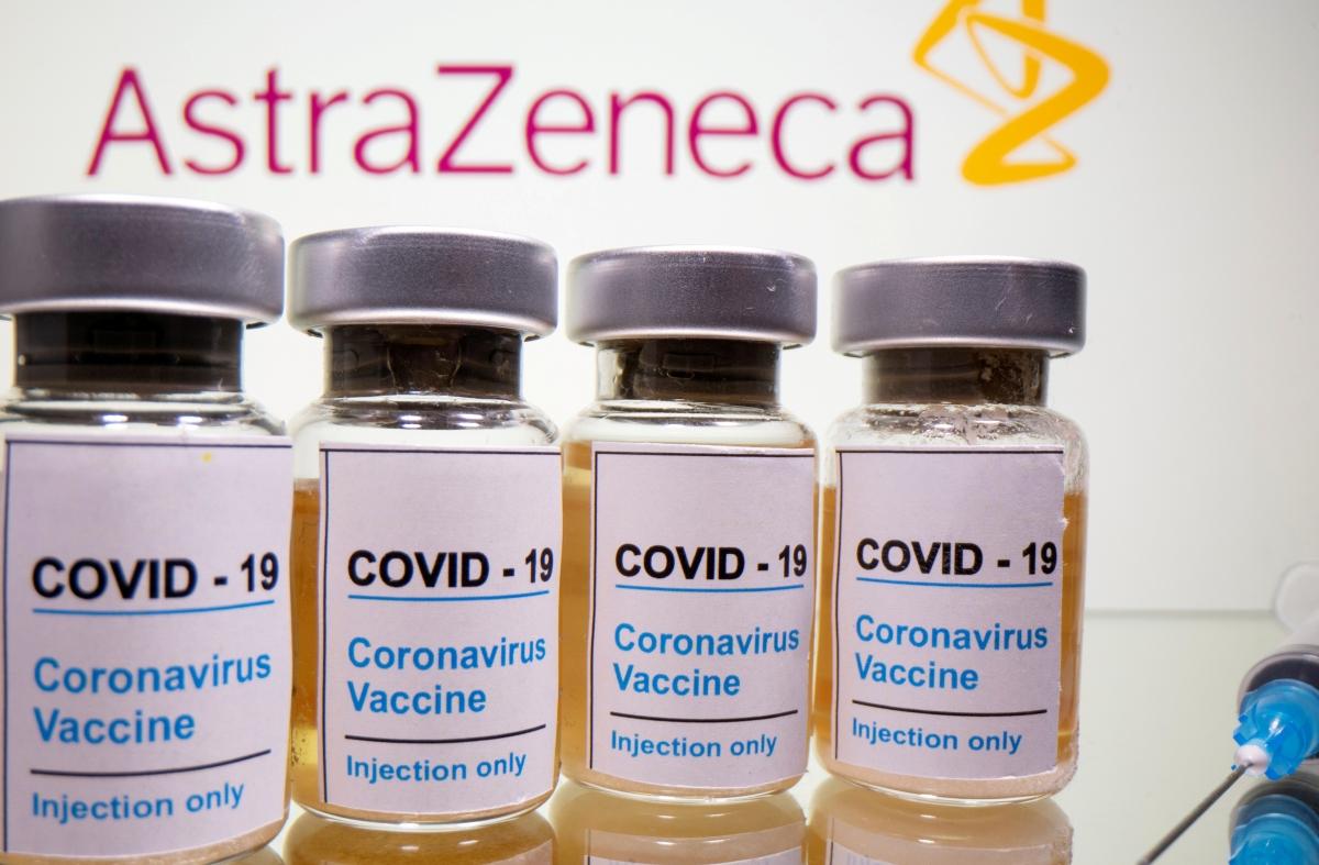AstraZeneca ha informat que la vacuna d'Oxford té un 70% d'eficàcia.