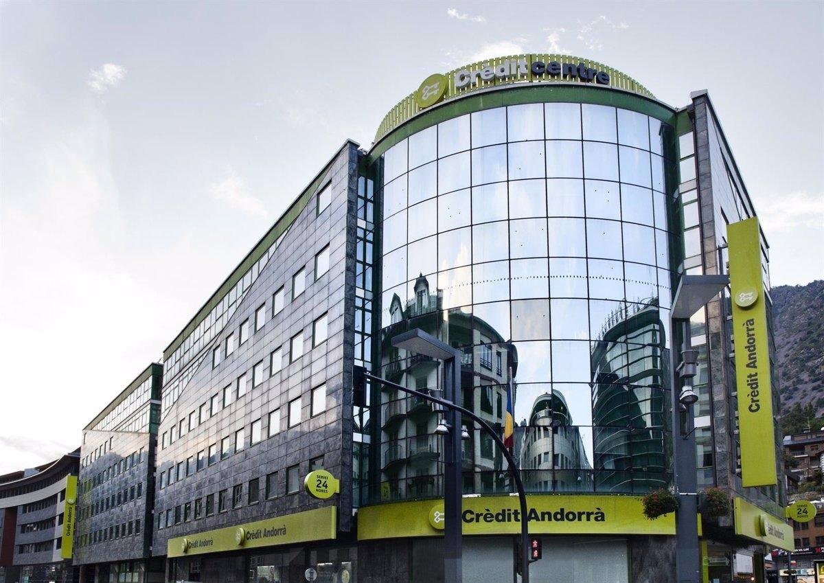 Crèdit Andorrà renova els certificats de qualitat de l'àrea d'Inversions i la societat gestora