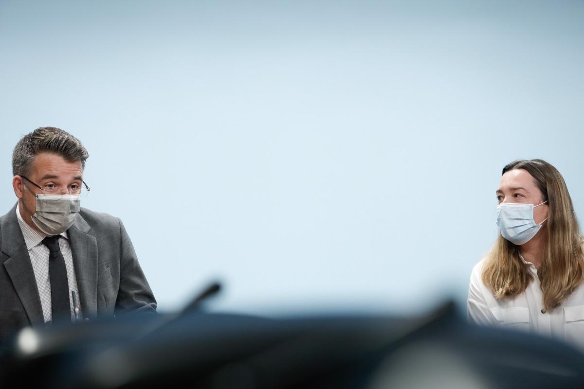 El secretari d'Estat Marc Pons i la presidenta de Diversand, Rocío Soler.