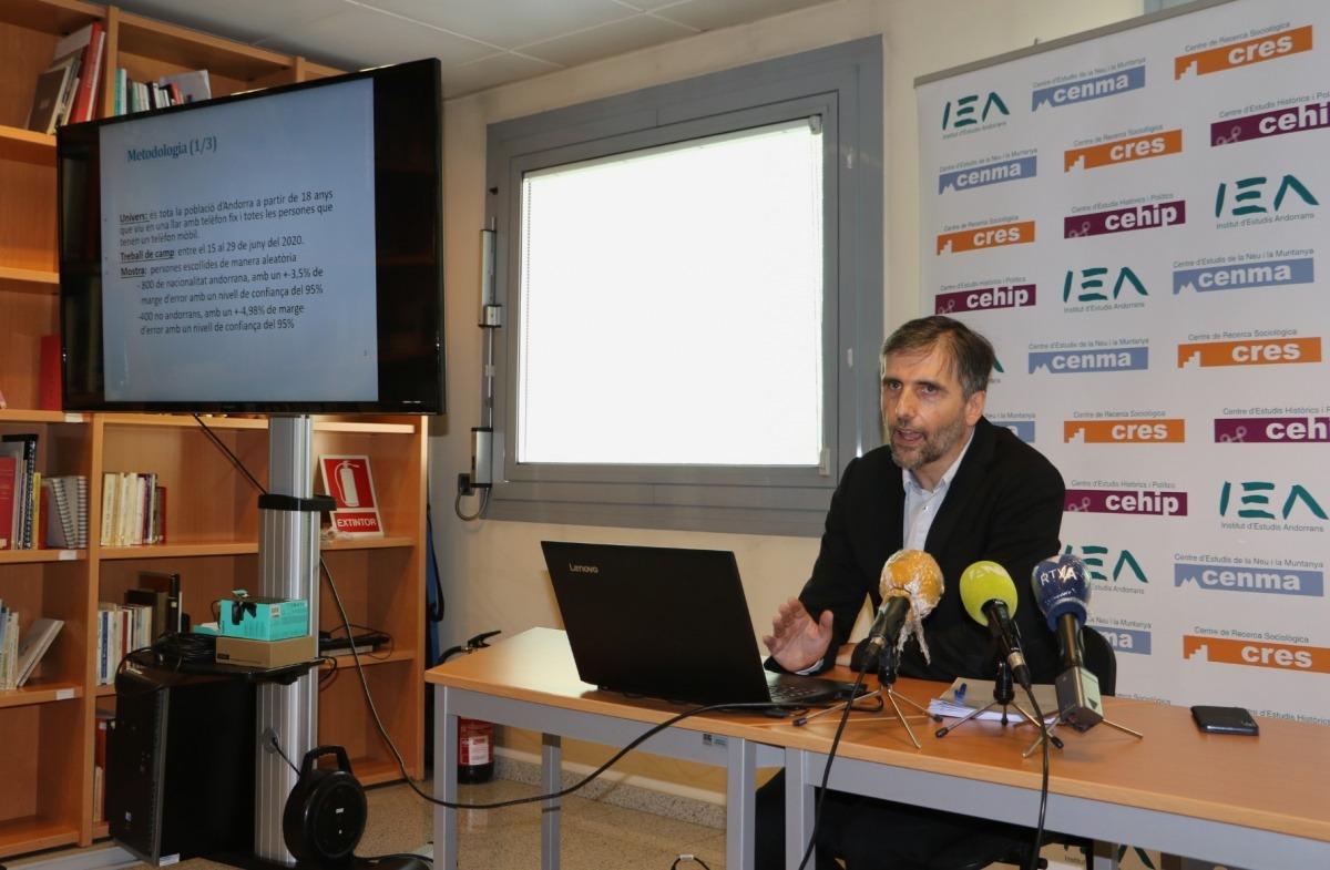 El director del CRES, Joan Micó, en la roda de premsa d'aquest matí.