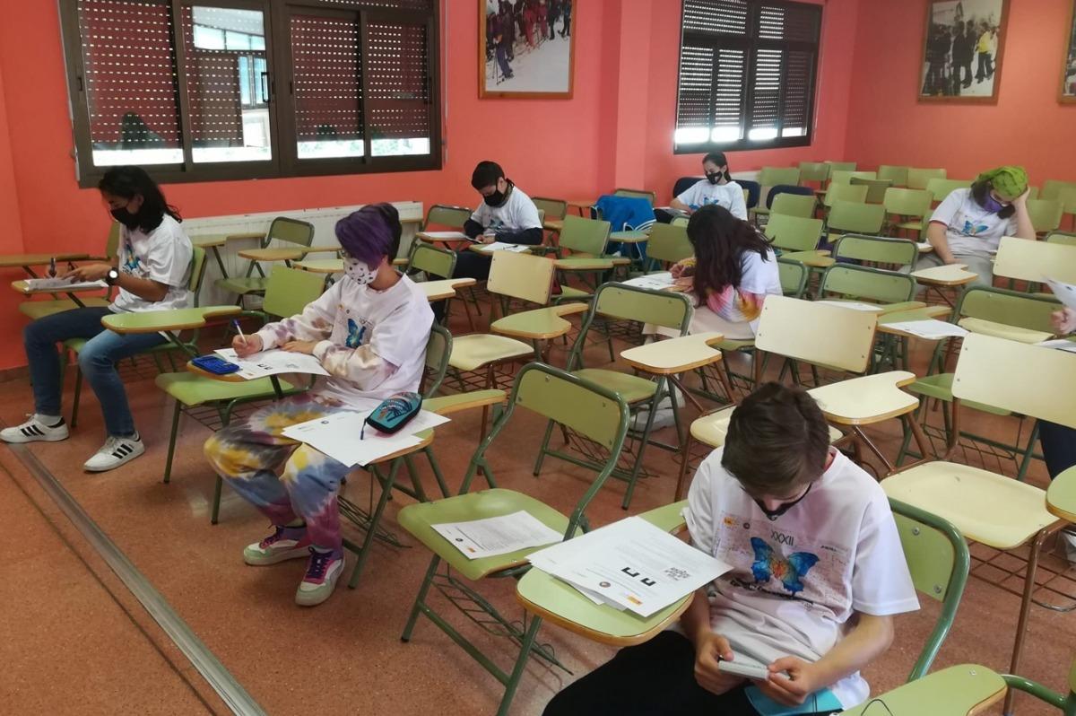 Alumnes en el moment de la prova.