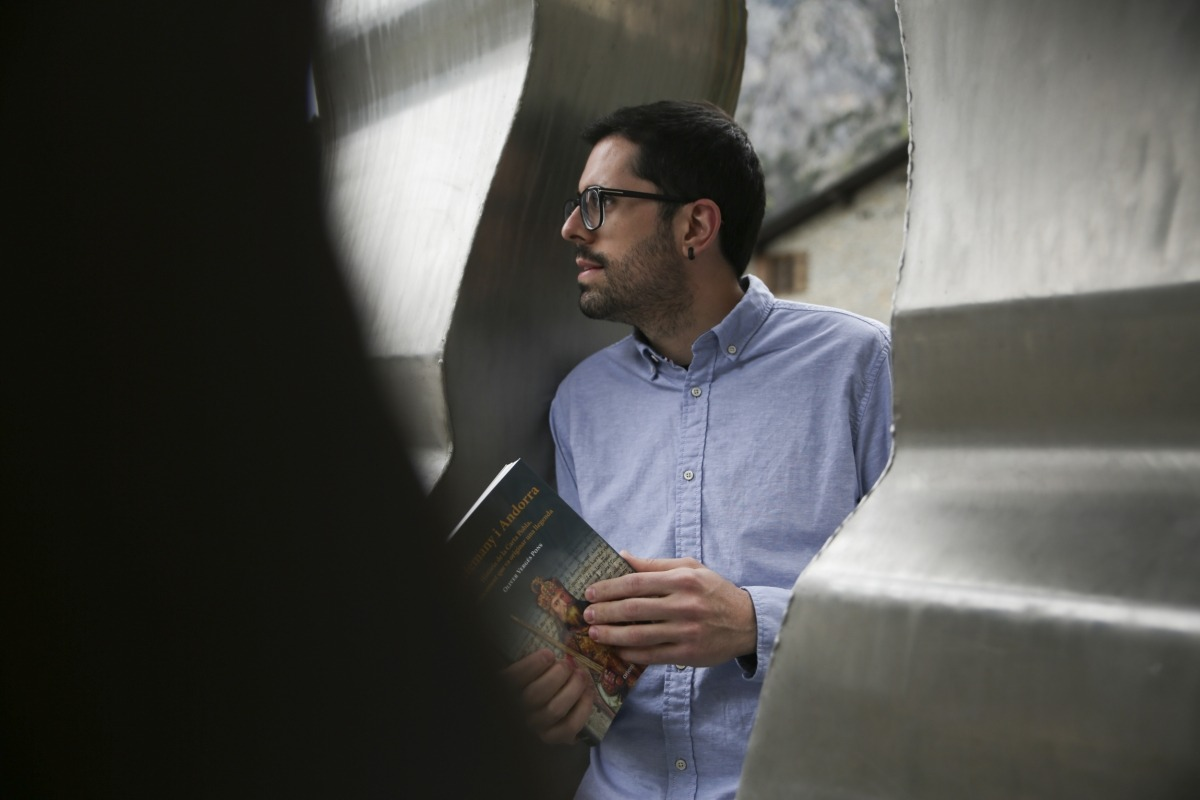Oliver Vergés, des de fa tres anys al capdavant d'Anem, la més activa de les editorials nacionals (amb permís de Trotalibros).