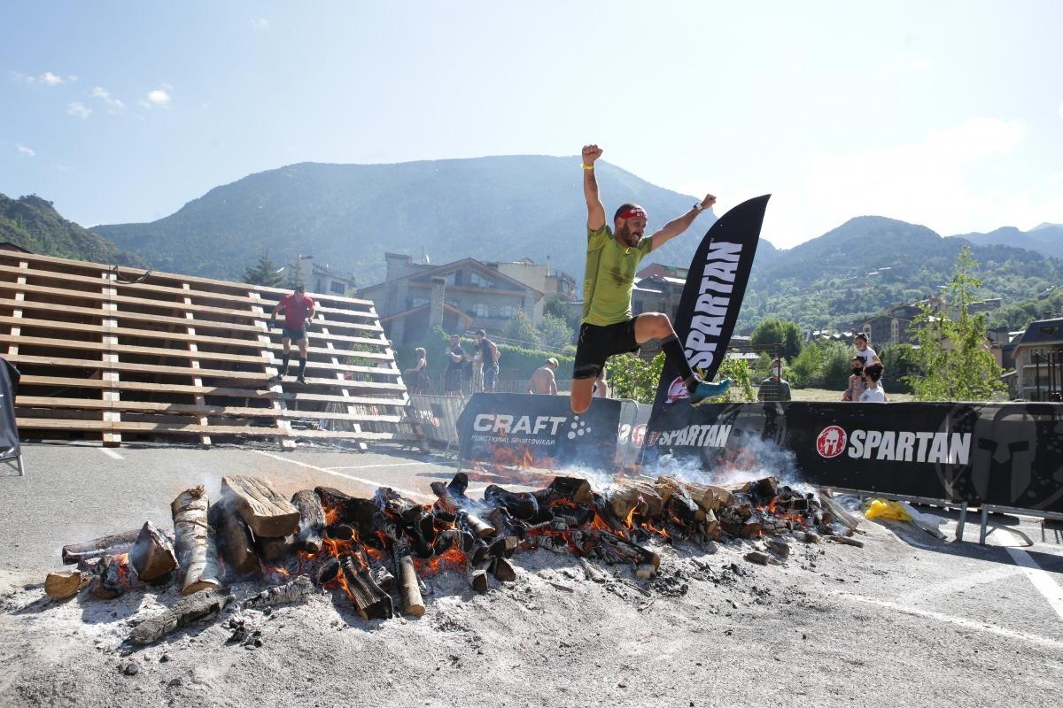 L'Spartan Race, obstacles al centre d'Encamp. Foto: Facundo Santana