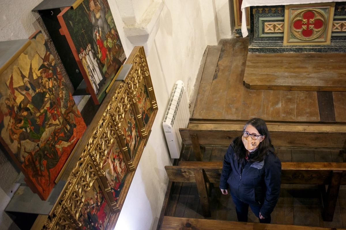 'L'aparició del mont Gàrgan és la taula de dalt, a la dreta. A Sant Miquel ja hi havia còpies de la segona taula, 'Caiguda dels àngels rebels' i de la predel·la del retaule, pintat per Miquel Ramells i daurat per Guiu Borgonyó entre el 1535 i el 1540.