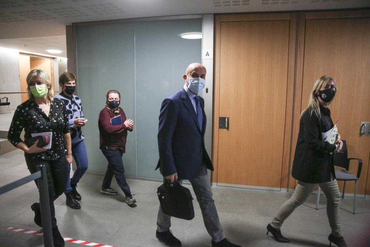 El ministre de Salut, Joan Martínez Benazet, va comparèixer ahir davant la comissió legislativa de Sanitat.