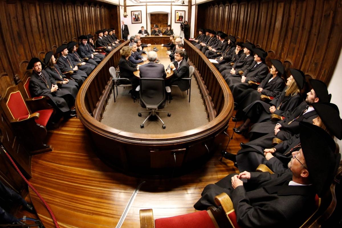 """Crida del síndic perquè """"interessos de partit"""" no entorpeixin el Consell"""
