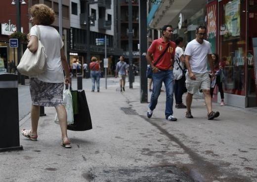 Caiguda del 4% del consum intern durant el primer semestre de l'any