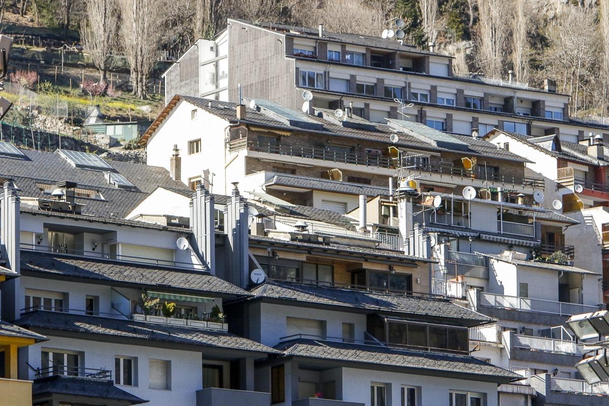 La demanda de pisos de lloguer a les immobiliàries s'ha reduït respecte de la tardor.